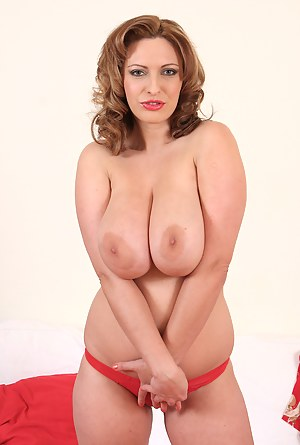 Best Mature Big Natural Tits Porn Pictures