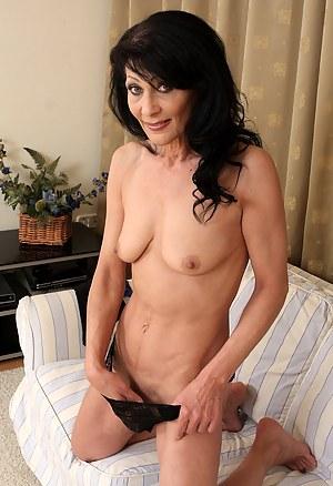 Best Mature Women Porn Pictures