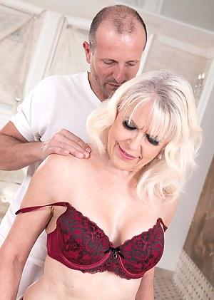 Best Mature Massage Porn Pictures