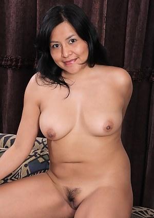 Best Asian Mature Porn Pictures
