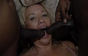 Best Mature Blowbang Porn Pictures