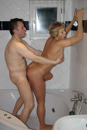 Best Mature Standing Sex Porn Pictures