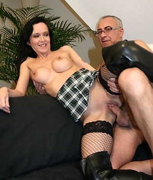 Best Mature Fishnet Porn Pictures