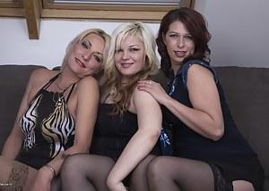 Best Mature Lesbian Orgy Porn Pictures