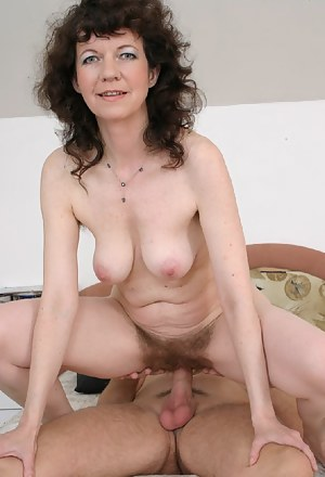 Best Mature Hairy Pussy Porn Pictures