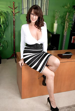 Best Mature Boss Porn Pictures